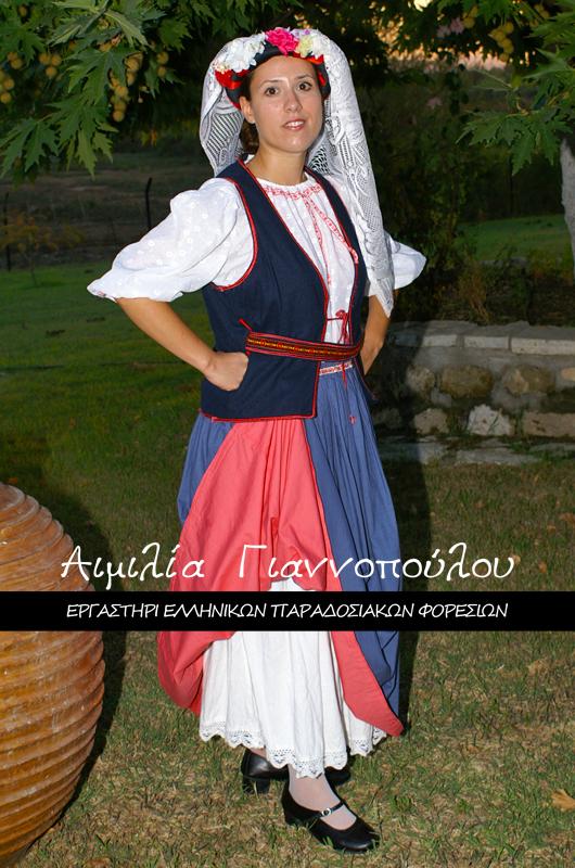 Γυναικεία Παραδοσιακή Φορεσιά Κέρκυρας